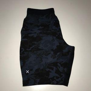 "Lululemon Men T.H.E. Shorts 9"" Linerless Camo M"